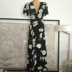 New Privacy Please plaza Rwap Dress size M